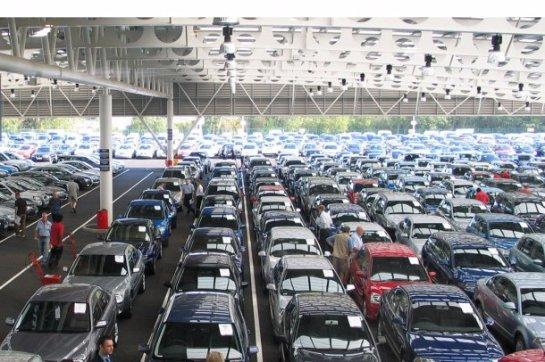 Мировой автомобильный рынок в октябре 2015 г. вырос на 5%