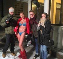Новые фото Волочковой в ледяной купели покоряют Инстаграм