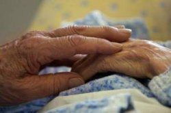 На Закарпатье мужчина до смерти избил свою 95-летнюю бабушку