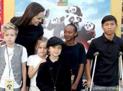 Джоли призналась, что никогда не хотела иметь детей