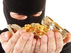 Резонансное ограбление в Киеве: пока нардеп спал, его дом «обнесли»