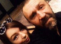 Сергей Шнуров отреагировал на информацию о свадьбе дочери