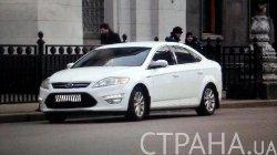 Нардеп Парасюк пересел со Skoda на престижный автомобиль