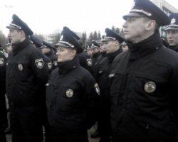 Вінницькі поліцейські годину чекали Порошенка