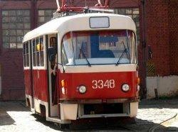 ДТП в Виннице: 20-летняя девушка попала под колеса двух трамваев
