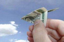 Сокращаются денежные переводы из Украины