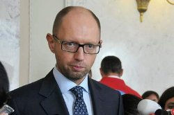 Яценюк пожаловался немцам, что в БПП не хотят проводить реформы