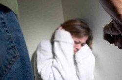 В Ровно мужчина до полусмерти избил женщину