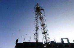 ЧП под Киевом: башенный кран обвалился и убил мужчину