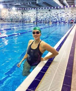 Яна Клочкова поразила фигурой в купальнике