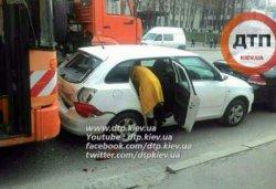 В Киеве столкнулись 4 авто, пострадавших нет