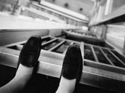 В Херсоне женщина выбросилась из окна многоэтажки