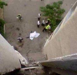 Одесса: мужчина выбросился из окна, думая, что его жена погибла в аварии
