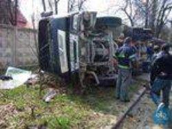В Харькове опрокинулся цементовоз