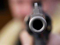 ЧП в Киеве: неизвестные в масках выстрелили мужчине в спину