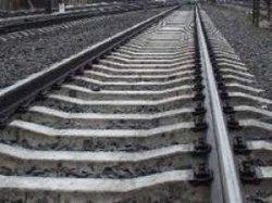 На Виннитчине поезд насмерть сбил мужчину, сидевшего на рельсах