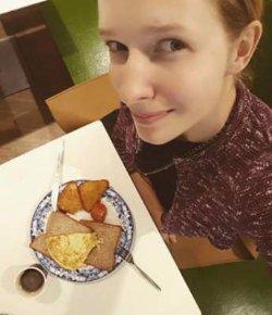 Катя Осадчая очаровала своим лицом без макияжа