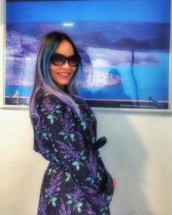 61-летняя Орнелла Мути покрасила волосы в необычный цвет