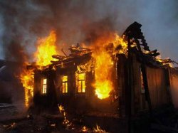 Так рождаются герои: пятилетний украинец спас на пожаре двух детей