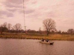 Житомирская область: из реки вытащили тело мужчины