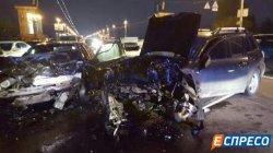 Жуткое ДТП в Киеве: столкнулись две иномарки