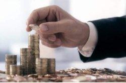 Украинцы массово отказываются от банковских депозитов