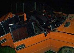 Смертельная авария на Виннитчине: «ВАЗ» разлетелся вдребезги, врезавшись в трактор