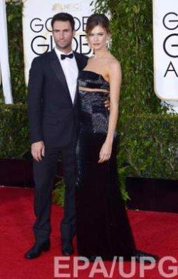 Солист Maroon 5 и его беременная жена попали в авврию