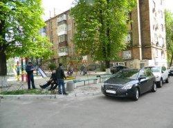 ЧП в столице: школьника посреди улицы «пырнули» ножом