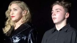Мадонну оскорбил и унизил собственный сын