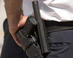 На Киевщине полицейский стрелял в мужчину