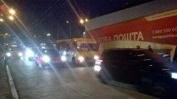 ДТП в Киеве: маршрутка протаранила грузовик