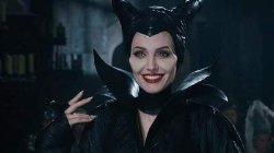 Анджелина Джоли снова сыграет злую колдунью