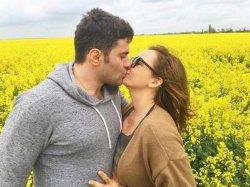 Анфиса Чехова устроила романтическую фотосессию в Украине
