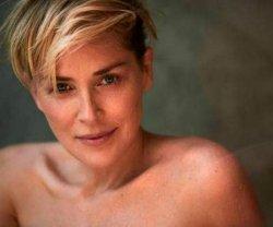 Шерон Стоун сфотографировалась для журнала без макияжа