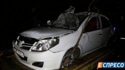 Жуткое ДТП в Киеве: автомобиль четырежды «кувыркнулся» на дороге