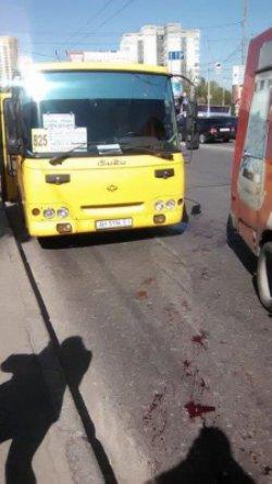 В Киеве водители маршруток устроили поножовщину, есть жертвы