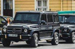В Украине видели уникальный бронированный Mercedes