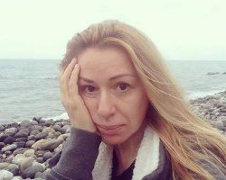 Алёна Апина сделала селфи в стиле «nude»