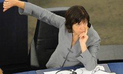 Ожидать введения новых санкций ЕС против РФ не стоит — Хармс