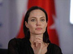 Анджелина Джоли похудела до неузнаваемости