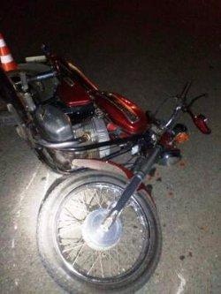 «МотоДТП» под Киевом: водитель иномарки сбил мотоцикл с людьми и скрылся