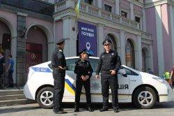 В Черкассах женщина-водитель сбила полицейского