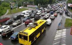 Огромные пробки парализовали Киев