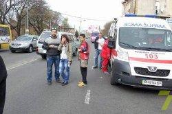 В Одессе БМВ протаранил маршрутку, есть жертвы