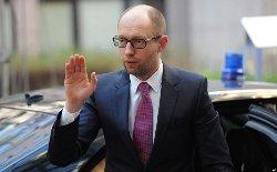 Яценюк тайно поехал в Россию, чтобы сдать Порошенко - СМИ