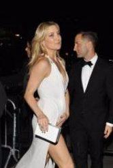 Кейт Хадсон удивила поклонников откровенным платьем