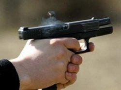В Киеве неизвестные стреляли в мужчину