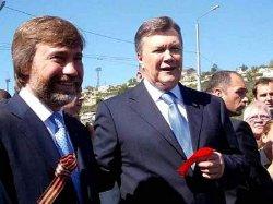 Порошенко ответил украинцам по гражданству олигарха Новинского