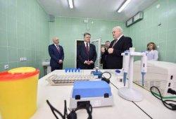 Президент посетил противотуберкулезный диспансер в Полтаве